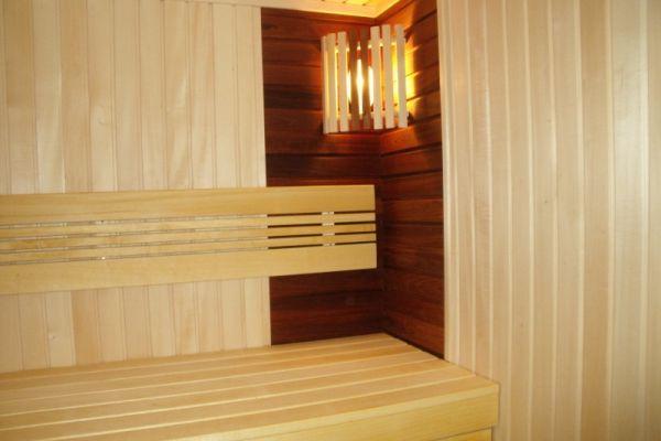 sauna_11_1BF54F05D-3834-E81A-B286-382543278062.jpg