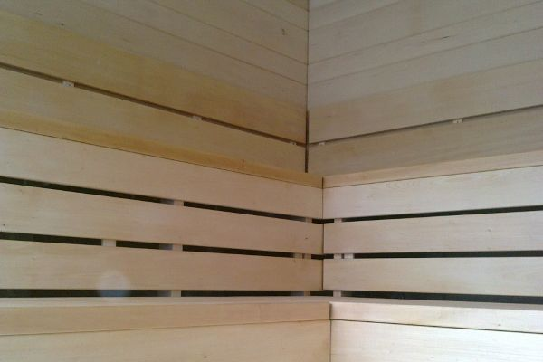 sauna_12_7840CD620-F57E-D6A5-E48F-65DD4702725B.jpg