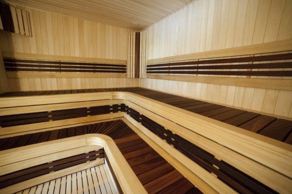sauna_13_3CC292F0C-A111-6BF2-4421-EDB6FA289049.jpg