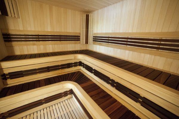 sauna_13_60504BD4B-1AE0-1B71-A2E7-4E631C5128FB.jpg