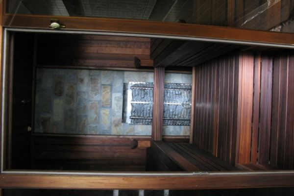 sauna_14_84AA64740-4E80-FE29-10A7-8D3E99BBBC9F.jpg
