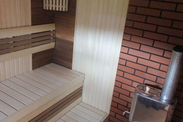 sauna_15_8B0646B31-F369-CD46-FFB3-9413086B4708.jpg