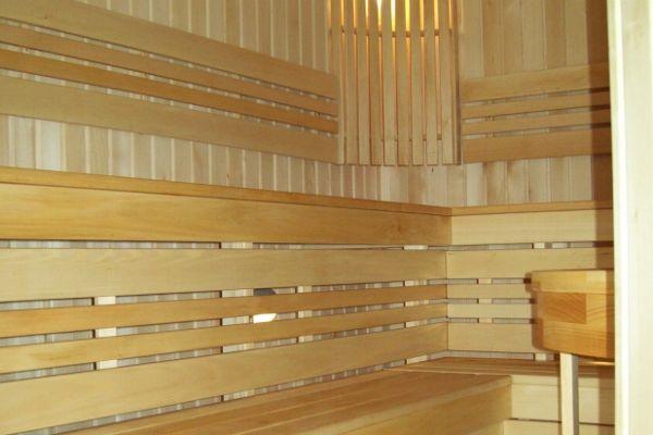sauna_21_4F8D5A039-857B-F260-9C9A-C1BBAE6F1847.jpg
