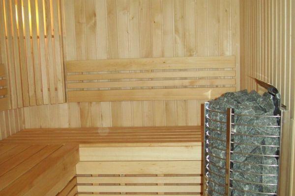 sauna_21_51B07228E-6710-BC7A-FB81-3461608081F0.jpg