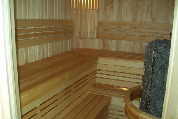 sauna_21_6A18AA4DD-A877-4552-CDCE-7F5661DDA395.jpg