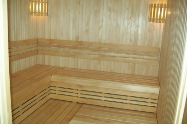 sauna_22_19AC82DC7-AC68-46DD-05D6-6F76901EE620.jpg
