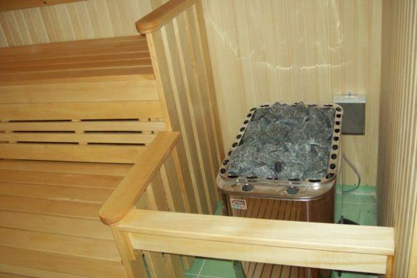 sauna_22_7F4EEC053-0E1A-F903-0DD3-53202508049C.jpg