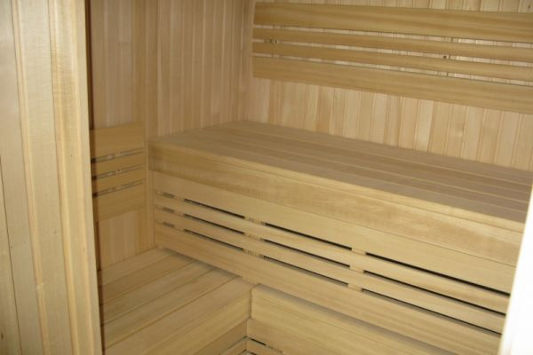 sauna_23_18E6A6578-080B-9F5D-3D0E-9ED223BF870E.jpg