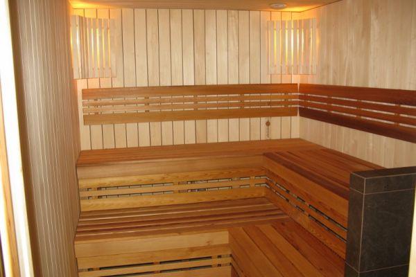 sauna_24_41753B2E8-567D-3269-39AB-42824262139C.jpg