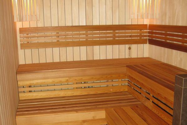 sauna_24_5B94C4E8D-68EC-9275-4D6D-0FE91BDDB18E.jpg