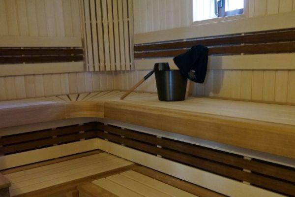 sauna_25_3C6AA1AC2-0EC6-1D0E-1D50-3F705B54183B.jpg