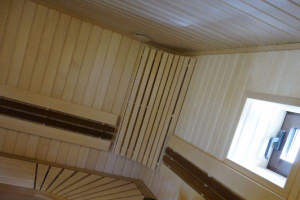 sauna_25_740E8CF67-5FF4-66C8-B98D-A7F4BEF59B67.jpg