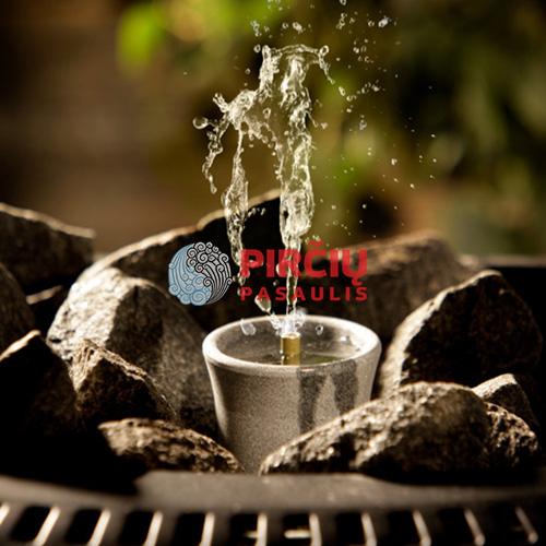 Akmeninis mažas kvapų fontanėlis